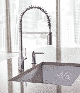 Things to Consider When Buying a Commercial Kitchen Faucet